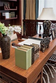 现代别墅书房装修效果图