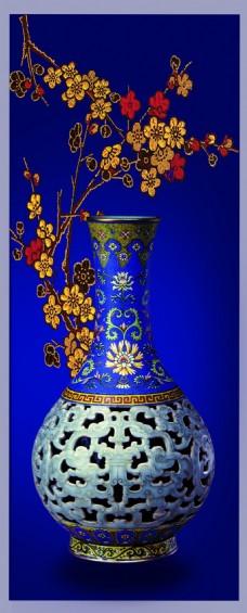 古董花瓶蓝色背景