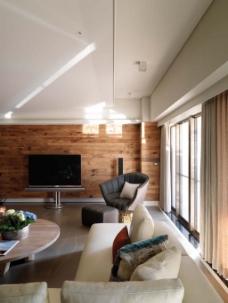欧式客厅木质背景墙效果图