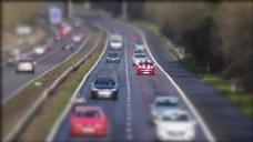 微距摄影马路城市汽车全景视频