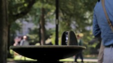 人物公园散步休闲视频素材