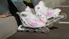人物运动旱冰鞋视频