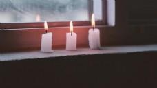 窗台上的蜡烛视频