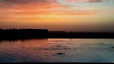 黄昏湖面视频素材