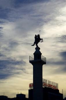 澳门渔人码头高炮人马雕塑