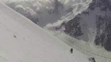自然雪山滑雪视频素材