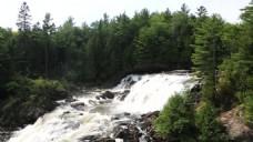 瀑布流水风景视频