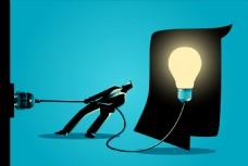 拉着电线努力拔掉电源的商务人士