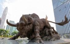 开荒牛雕塑