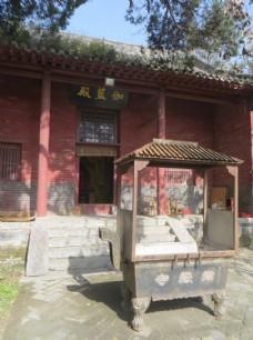 嵩岳寺伽蓝殿