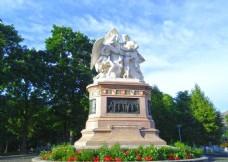 巴塞尔中央车站雕像