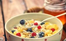 营养麦片早餐