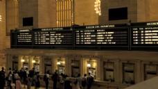 在纽约中央火车站Deprature板