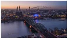 工业城市钢铁大桥夜景视频素材
