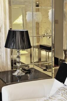 现代简欧台灯装饰设计效果图